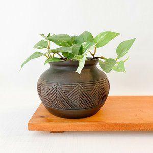 Southwestern Boho Style Carved Brown Black Ceramic